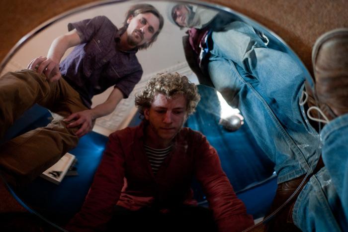 Sink gig at Burnlaw Centre